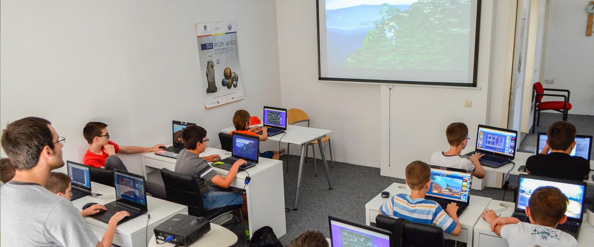 """SIBIU: """"Web for Kids"""" – cursuri pentru copii din 18 februarie 2017"""